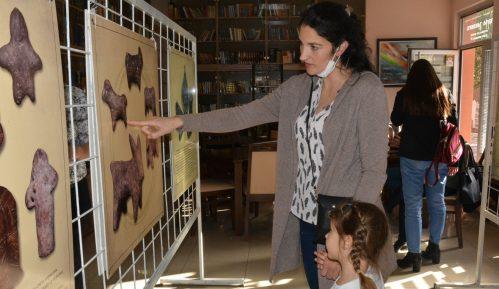 Izložba igračaka kroz vekove u Petrovcu na Mlavi 1
