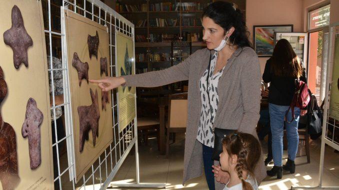 Izložba igračaka kroz vekove u Petrovcu na Mlavi 2