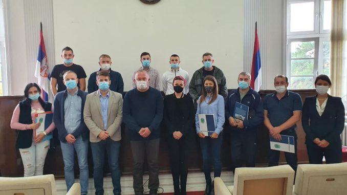 Dodeljeni ugovori za subvencionisanje samozapošljavanja u Petrovcu na Mlavi 1