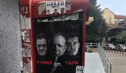 UOPS: Potpis sa uvredljivih plakata na Vračaru poznat (FOTO) 10