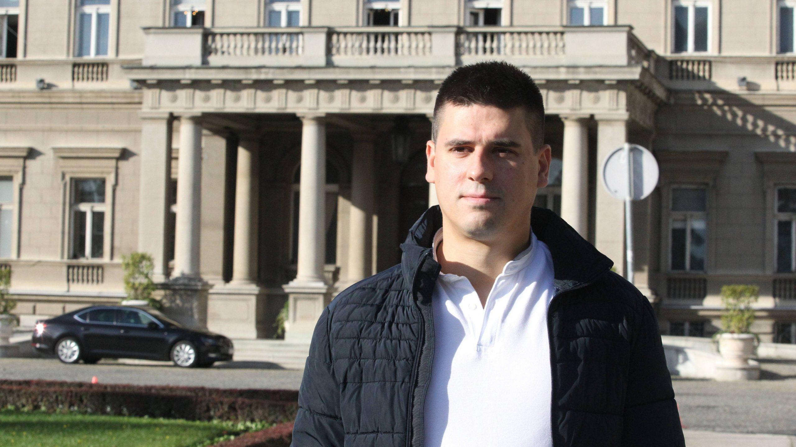 Kršić (SRS): Zašto vlast ćuti o radu JKP Beogradski metro i voz? 1