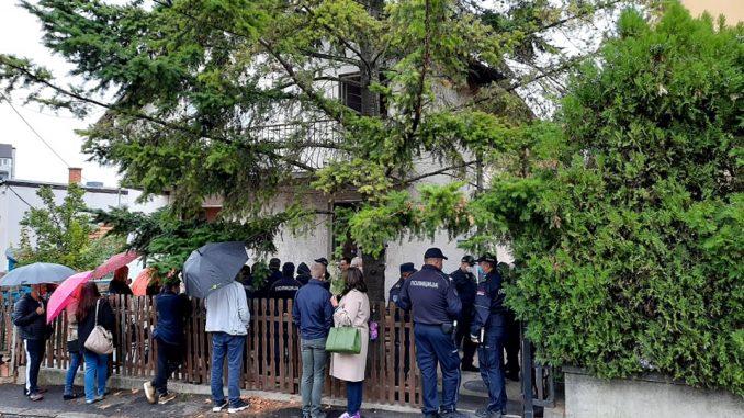 Izvršitelj hteo da iseli porodicu Tatari iako je član oboleo od korona virusa 1