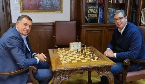 Vučić i Dodik razgovarali o izgradnji aerodroma u Trebinju 8
