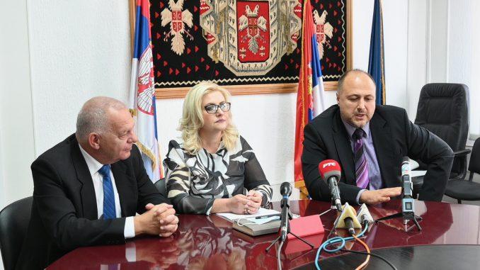 Bugarski ambasador sa čelnicima Pirotskog okruga 1