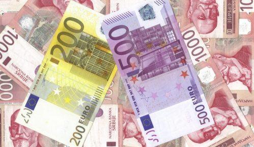 Žene starije od 45 godina u Srbiji u proseku zarađuju oko 40.000 dinara 11