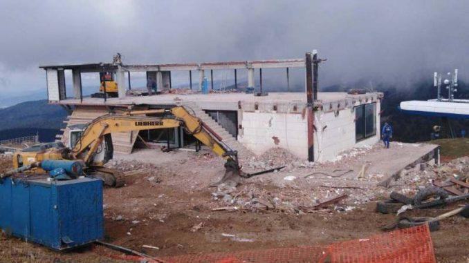 Ministarstvo: Nastavlja se rušenje objekta nelegalno izgrađenog na vrhu Kopaonika 1