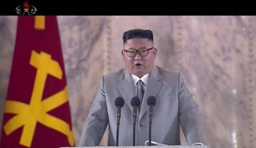 Vlast Severne Koreje godišnjicu partije proslavila noćnom vojnom paradom 15