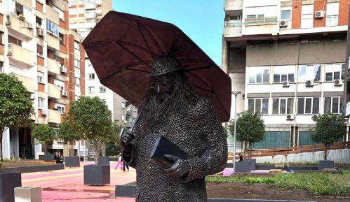 Spomenik Raši Popovu - veselo, agresivno, naivno i nebezbedno 2
