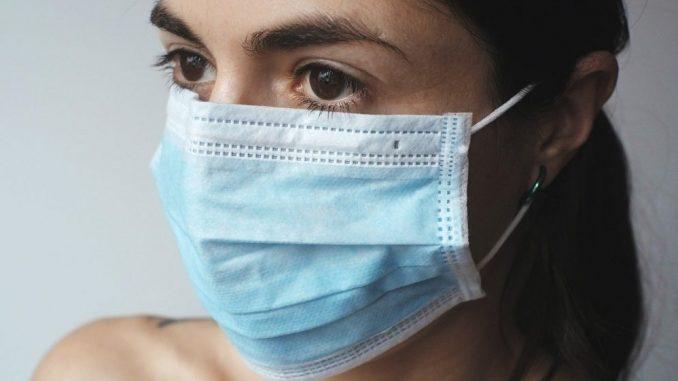U SAD skoro pola miliona umrlih od virusa korona 4