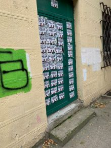 UOPS: Potpis sa uvredljivih plakata na Vračaru poznat (FOTO) 4