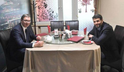 Vučić se sastao sa Šapićem na radnom ručku u kineskom restoranu 14