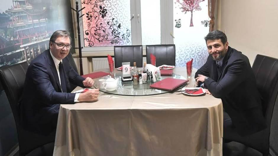 Vučić se sastao sa Šapićem na radnom ručku u kineskom restoranu 1