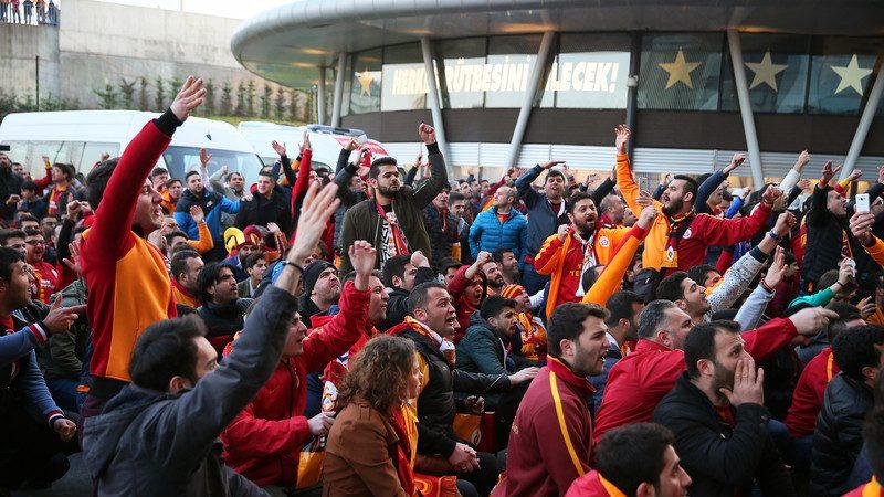 Istanbulski derbi: Eksplozija na raskršću svetova 8