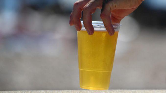 Dva omiljena pića u Srbiji prema istraživanju Demostata 4