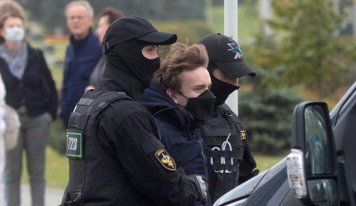 Hici na protestu u Minsku 14