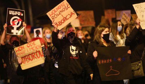 U protestu protiv zabrane abortusa Poljakinje blokirale saobraćaj 8