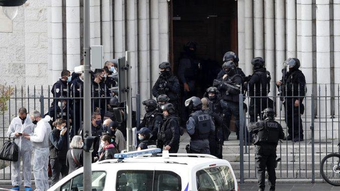 Tri osobe ubijene u napadu nožem, više ranjeno, napadač migrant iz Tunisa 5