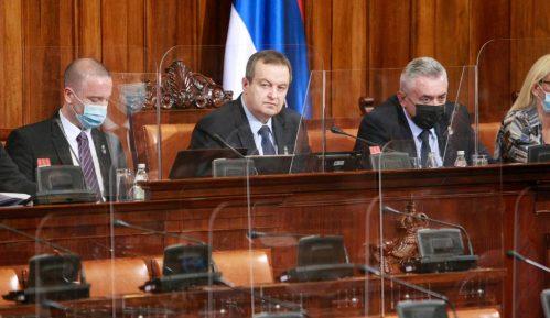 Dačić nije dozvolio zastavu Albanije u Skupštini Srbije 9