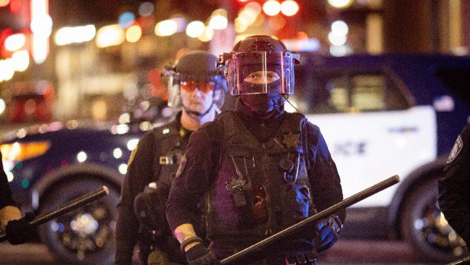 Postizborni protesti u više američkih saveznih država 1