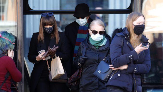 Hrvatska Vlada predlaže kazne za građane koji se ne pridržavaju epidemioloških mera 1