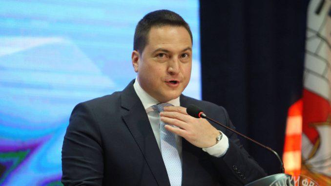 Branko Ružić: Cilj je da što više dece bude u školi 1