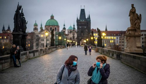 Policijski čas u Češkoj od 23 do pet sati 7
