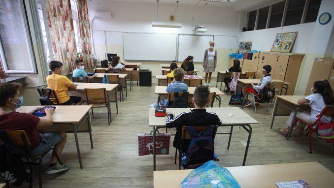 Učitelji: Žrtvovani smo, nismo dadilje 3