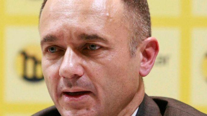 Vuletić (GDF) pisao Sorošu: Kako je moguće da Milan Antonijević čestita Dan RS 6