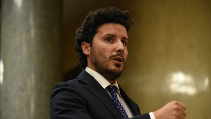 Abazović saslušan u tužilaštvu zbog pretnji na društvenim mrežama 3