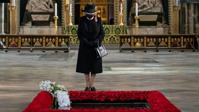 Korona virus: U Srbiji više od dve hiljade novih slučajeva, kraljica prvi put s maskom u javnosti 2
