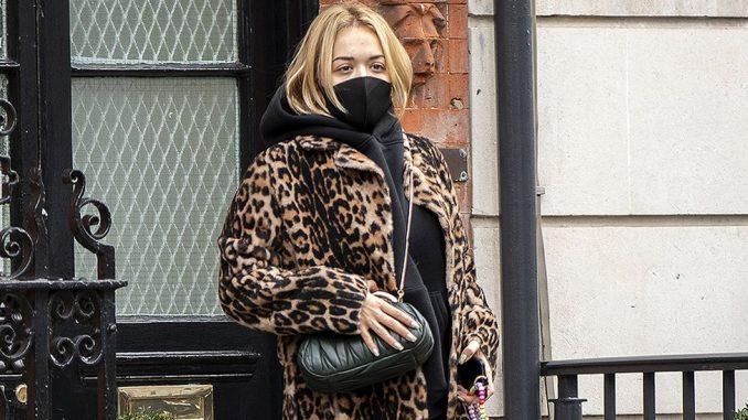 Rita Ora i korona virus: Pevačica kaže da joj je žao zbog rođendanske žurke i nepoštovanja mera 3