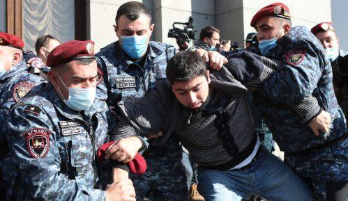 Novi protesti u Jermeniji zbog mirovnog sporazuma 13