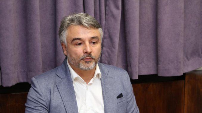Glišić: Poziv Vučića Srbima da glasaju na izborima na Kosovu ispunjen frazama 5