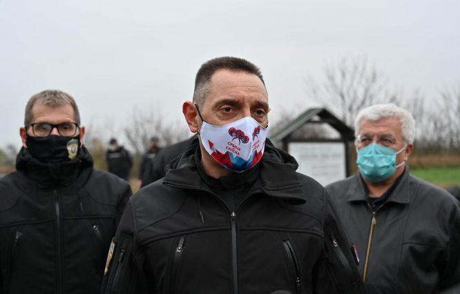Vulin: Akcijom MUP-a oko 450 migranata vraćeno u kampove i prihvatne centre (FOTO) 14