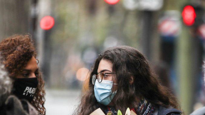 Francuska odala počast žrtvama napada iz 2015. 3