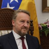 Borenović zatražio da se Izetbegović izvini Srbima, koje je uporedio sa nacistima 3
