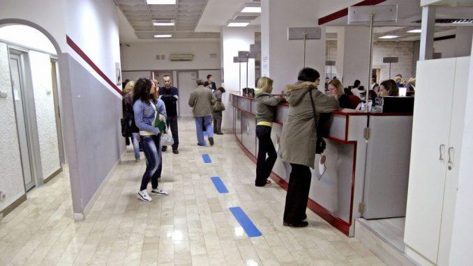 Pomoć od 60 evra otkrila 600.000 nezaposlenih 5