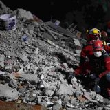Dvoje dece spaseno iz ruševina u Turskoj, broj mrtvih u zemljotresu dostigao 92 11