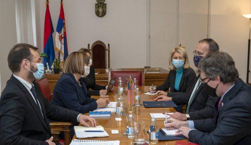 Gojković i Godfri razgovarali o unapređenju medijskog prostora u Srbiji i o saradnji 9