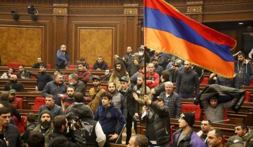Nije održano vanredno zasedanje jermenskog parlamenta 12