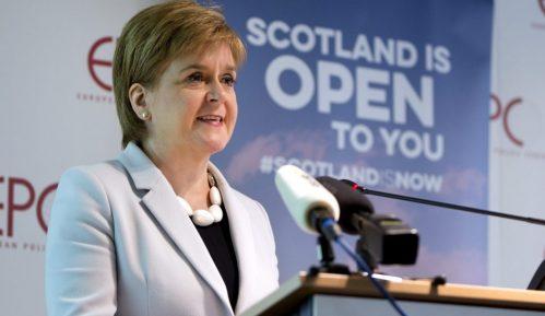 Škotska premijerka najavljuje referendum o nezavisnosti za sledeću godinu 8
