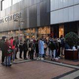 Crni petak: Gužve u tržnim centrima u Beogradu i Nišu uprkos koroni (FOTO) 5