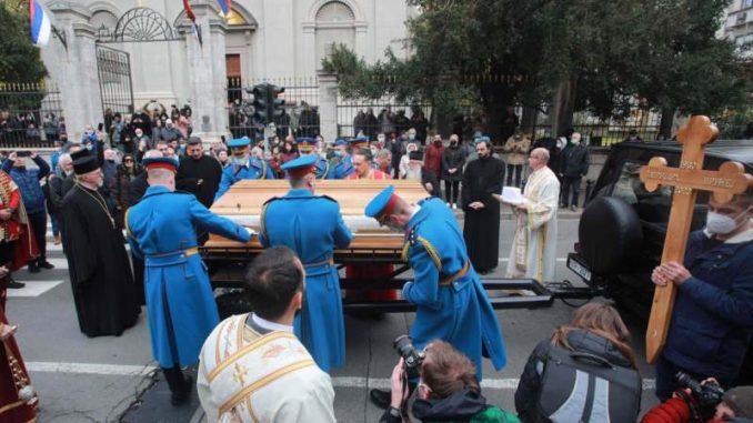 AP: Smrt dva velikodostojnika SPC otvara pitanja o ulozi verskih institucija u suzbijanju epidemije 1