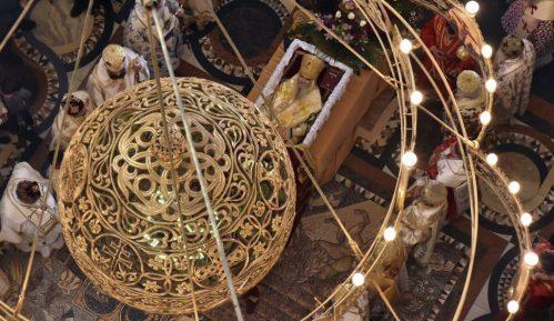 Mitropolija: Sam pomen Amfilohiju bez prisustva vernika, crkva otvorena tokom dana 5