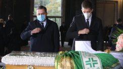 Patrijarh Irinej sahranjen u hramu Svetog Save (FOTO) 8