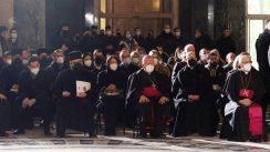 Patrijarh Irinej sahranjen u hramu Svetog Save (FOTO) 16