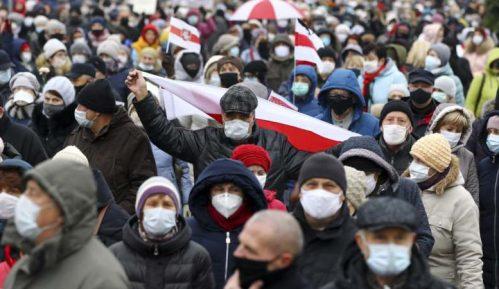 Hiljade Belorusa demonstriraju protiv Lukašenka, policija ponovo hapsi 5