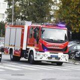 U saobraćajnoj nesreći u Zemunu jutros izgoreli gradski autobus i jedan automobil 11