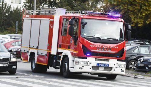 MUP: Lokalizovan požar u magacinu u Južnom bulevaru, nema povređenih 14