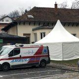 Šator-čekaonica ispred kovid ambulante u Čajetini 8